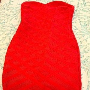 Strapless red dress - never worn - Bodycon